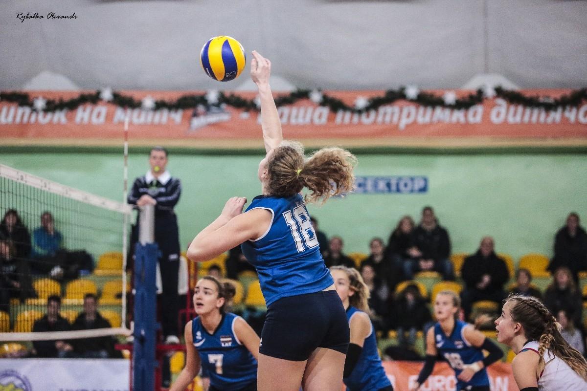 Чемпіонат Європи з волейболу в Черкасах: дівчата Україна-Латвія