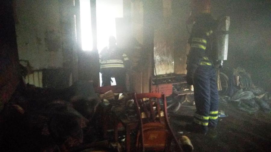 У Червоній Слободі від пожежі загинули мати і син
