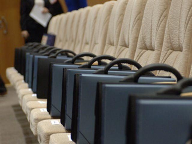 У постійних депутатських комісіях – нові зміни
