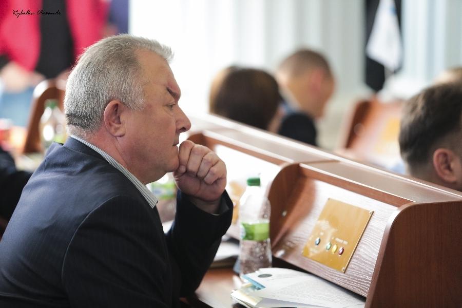 Чергове скандальне засідання сесії облради