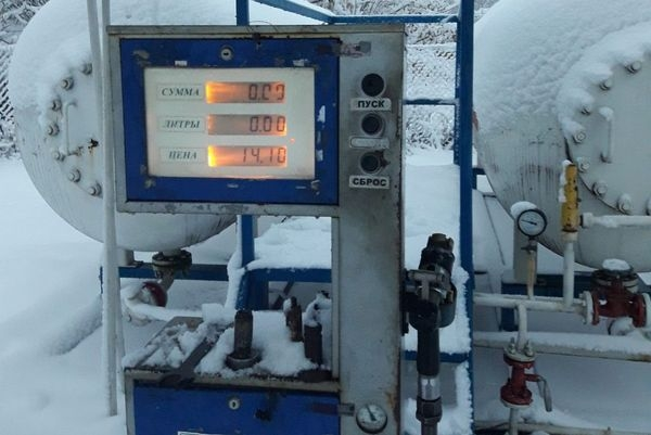 На Драбівщині припинили роботу нелегального автогазозаправного пункту