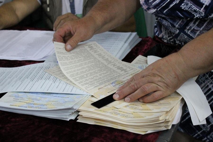 Фотомиті з виборчого процесу на Корсунщині