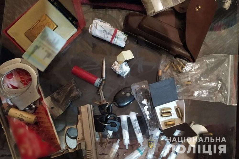 У Черкасах затримали чоловіків, які стріляли в місцевого жителя