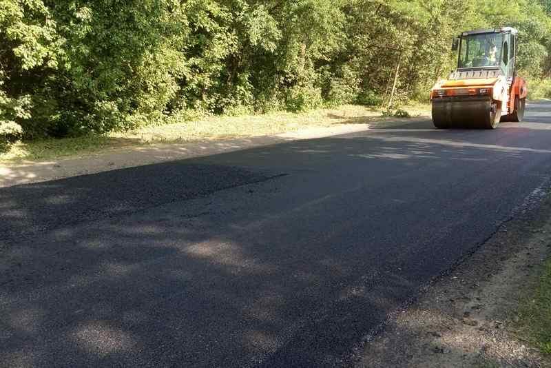 На Корсунщині ремонтують дороги у рамках державної програми