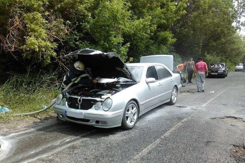 На Черкащині загорілося дві машини