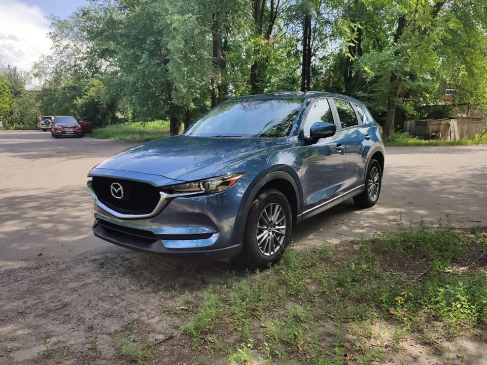 У Черкасах сьогодні вночі викрали автомобіль «Mazda»