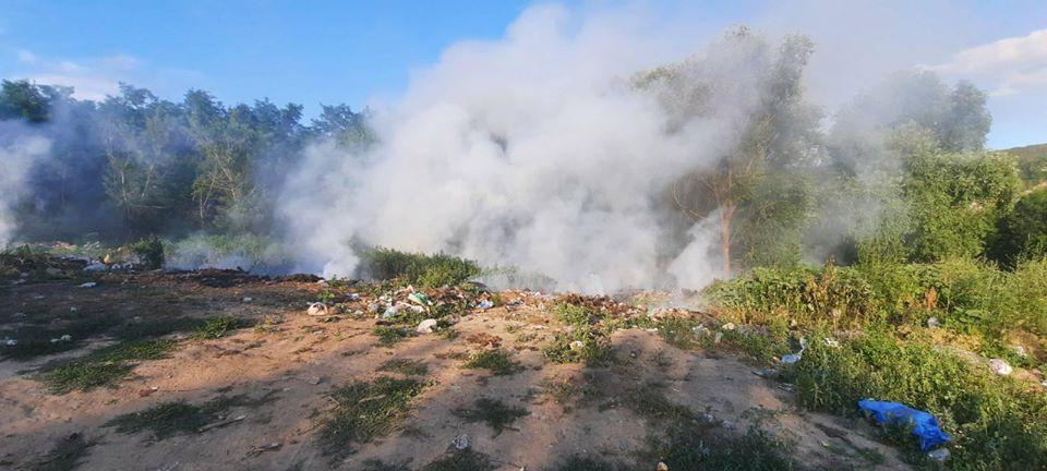 За минулу добу рятувальники ліквідували 2 пожежі на відкритих територіях