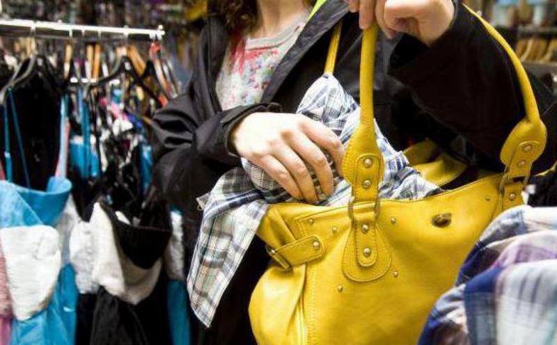 У Черкасах з магазину жінка вкрала товару на 10 тисяч гривень