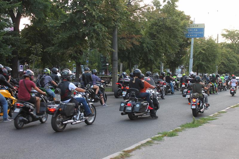 У Черкаси завітали учасники «Мотопробігу єдності»