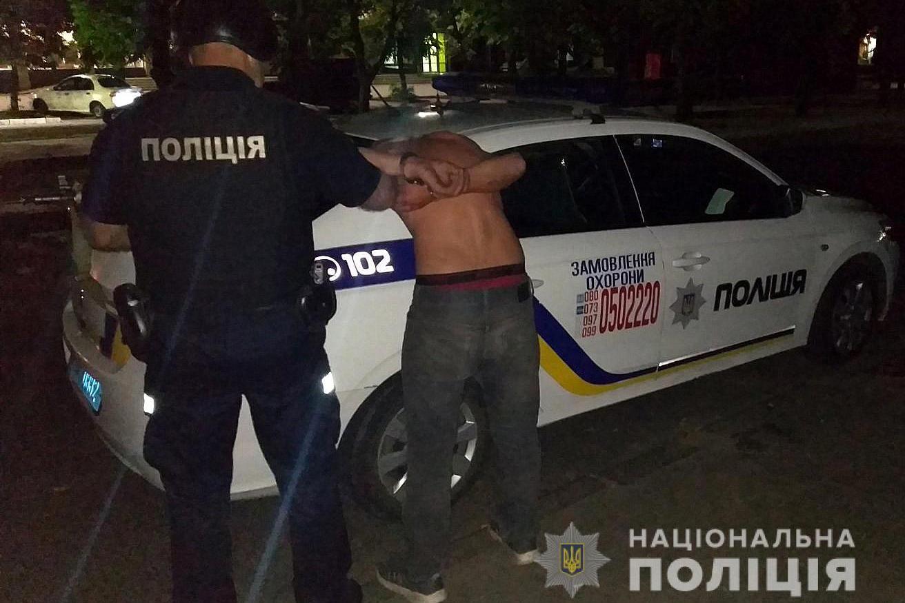 У Смілі поліцейські викликали грабіжнику «швидку»