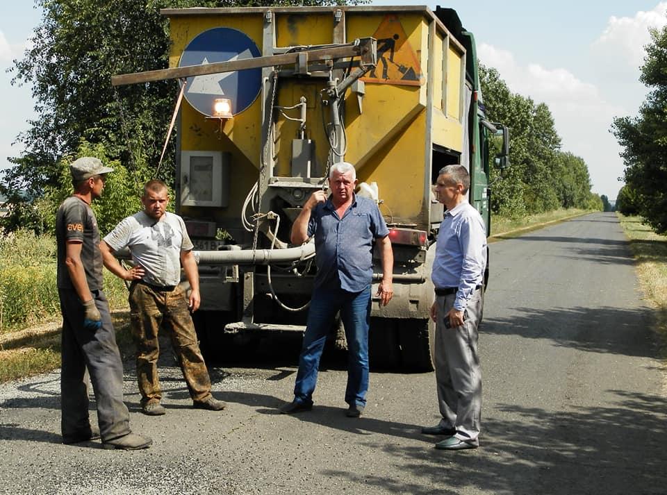На Городищині ремонтують автошляхи у межах #Великебудівництво