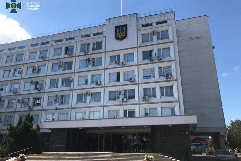 Посадовець Черкаської міськради витратив мільйон гривень на прибирання міста від неіснуючого снігу