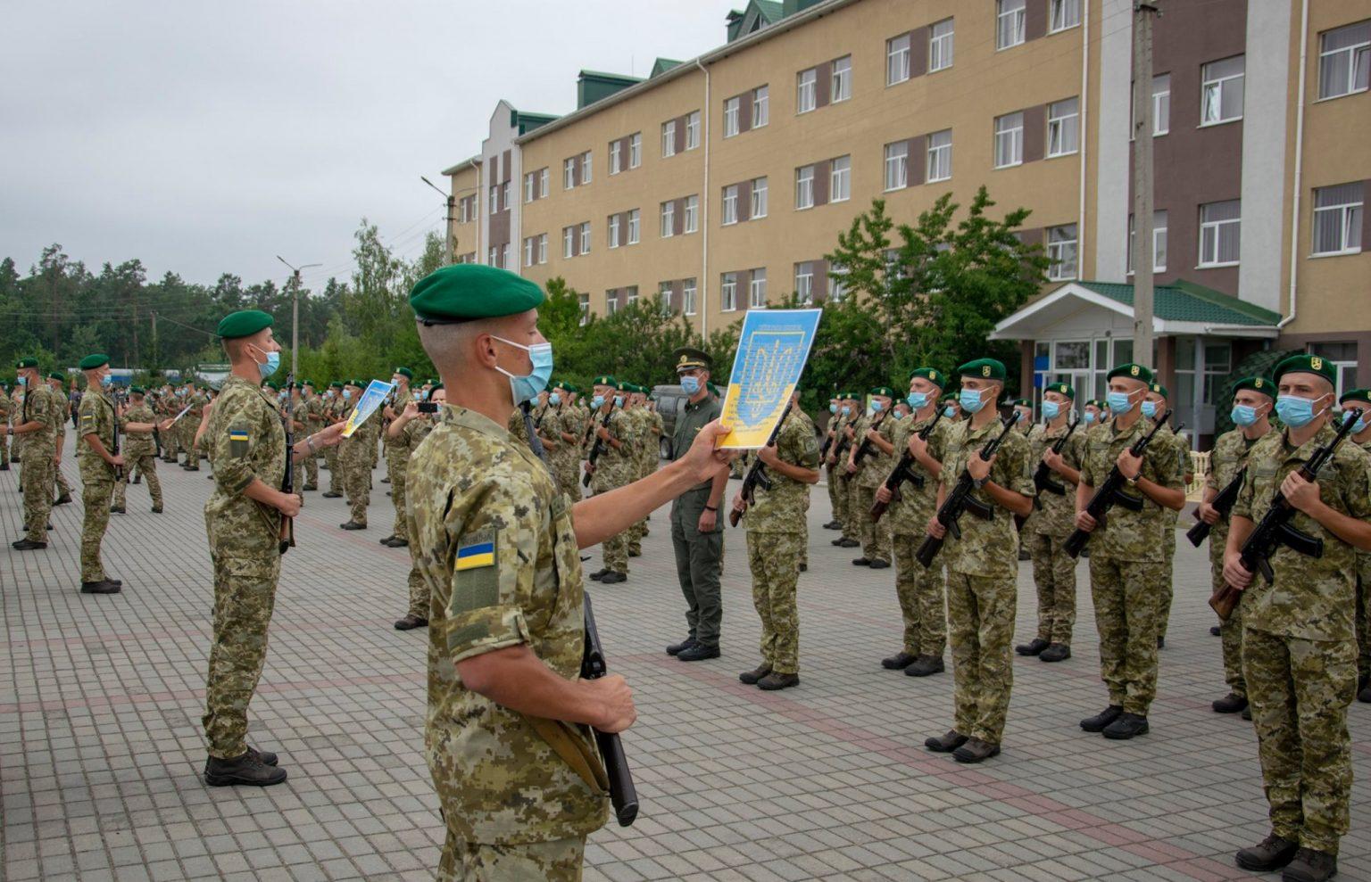 В Оршанці військовослужбовці строкової служби склали військову присягу