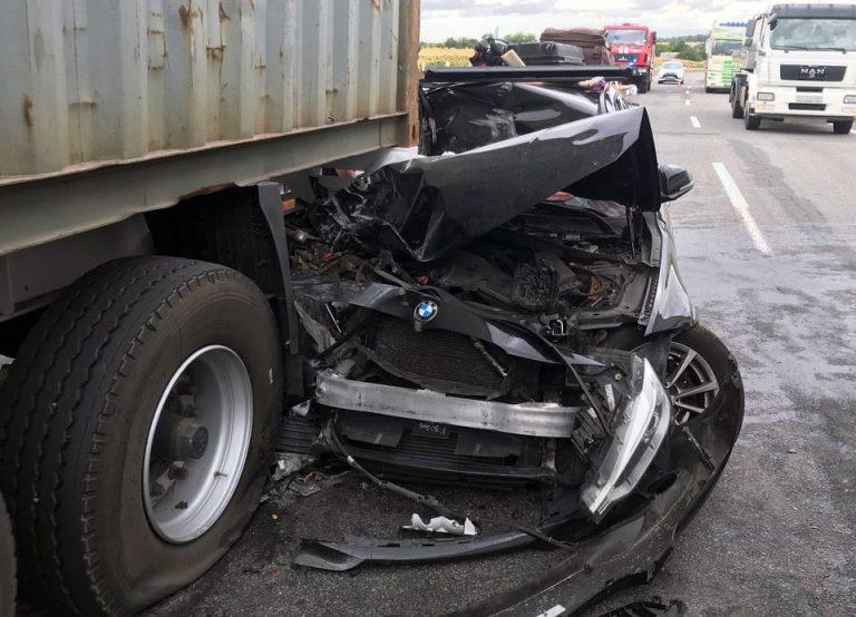 На Черкащині зіткнулися легковик та вантажівка (ФОТО)