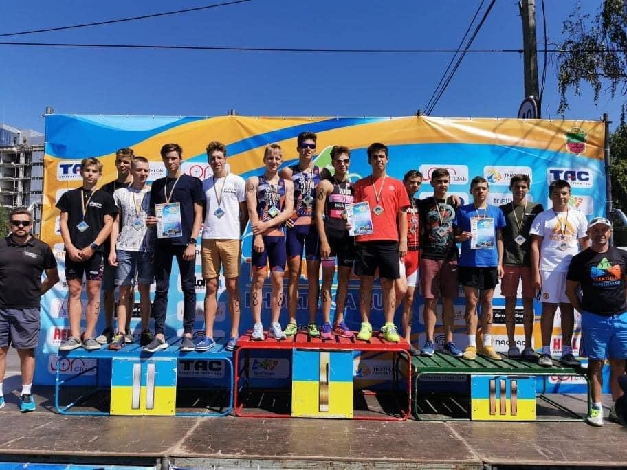 Черкаські триатлоністи завоювали «срібло» та «бронзу» чемпіонату України