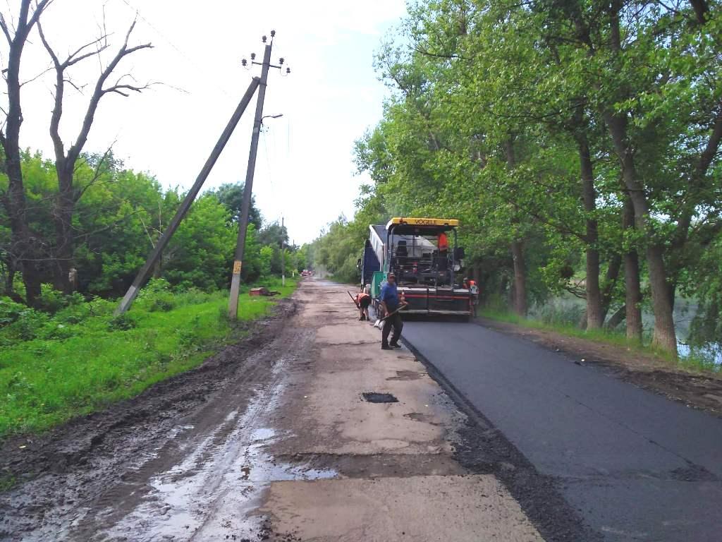 Черкащині ліквідували понад 206 тис. м² ямковості на автодорогах місцевого значення
