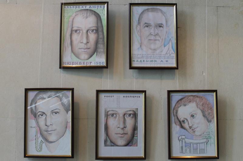 Персональна виставка картин у Черкаському краєзнавчому музеї