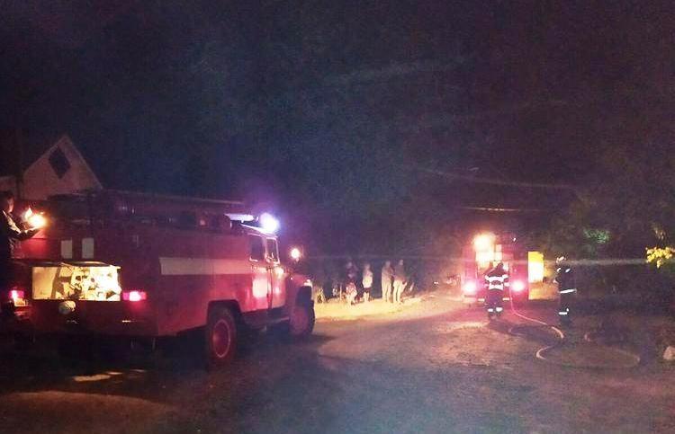 На Черкащині рятувальники ліквідували пожежу в гаражі
