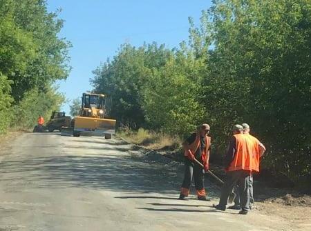 На Уманщині ремонтують дорогу Коржова – Текуча – Ладижинка