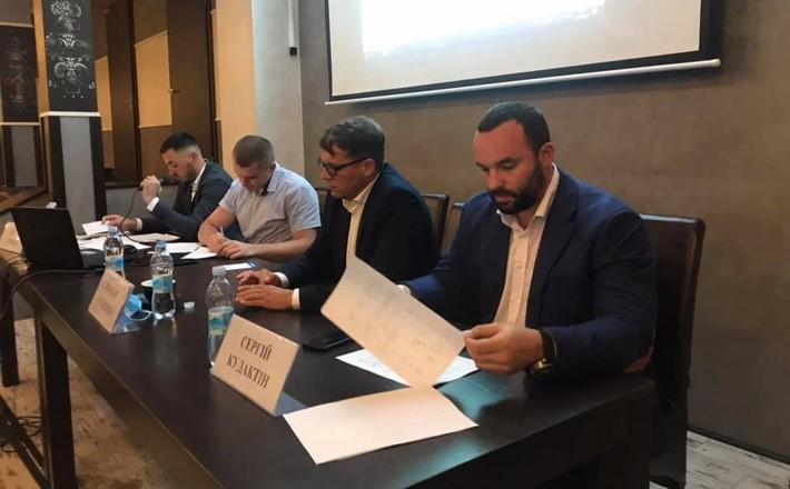 «Європейська Солідарність» представила команду, з якою піде на місцеві вибори