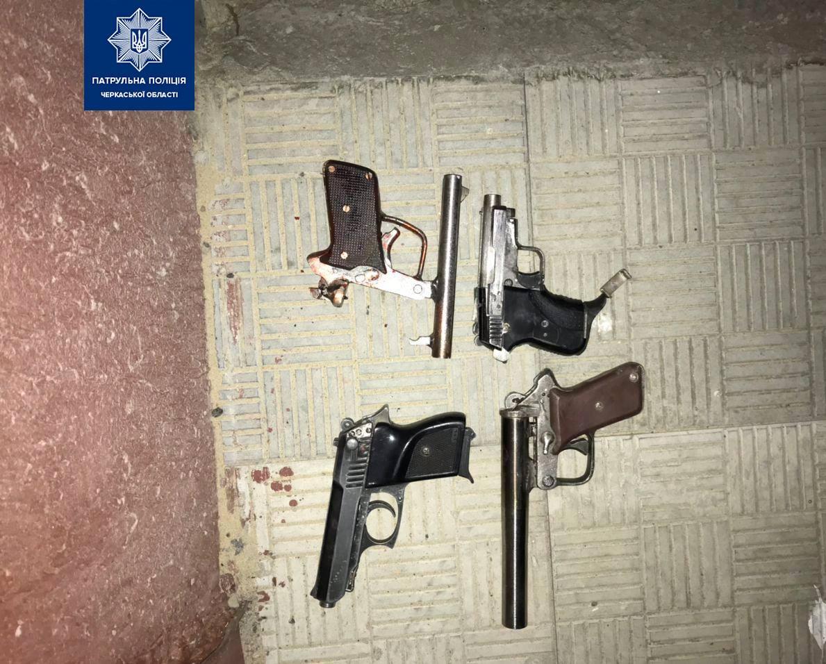 На Черкащині виникла сутичка зі стріляниною між двома сусідами