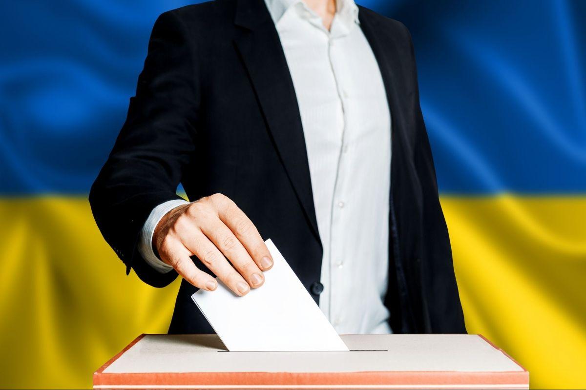 Уряд зазначив, як дотримуватися протиепідемічних заходів під час виборів