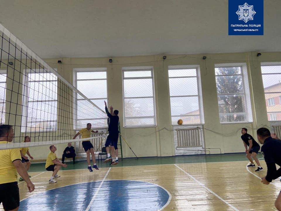 У Черкасах відбувся чемпіонат обласної організації з волейболу