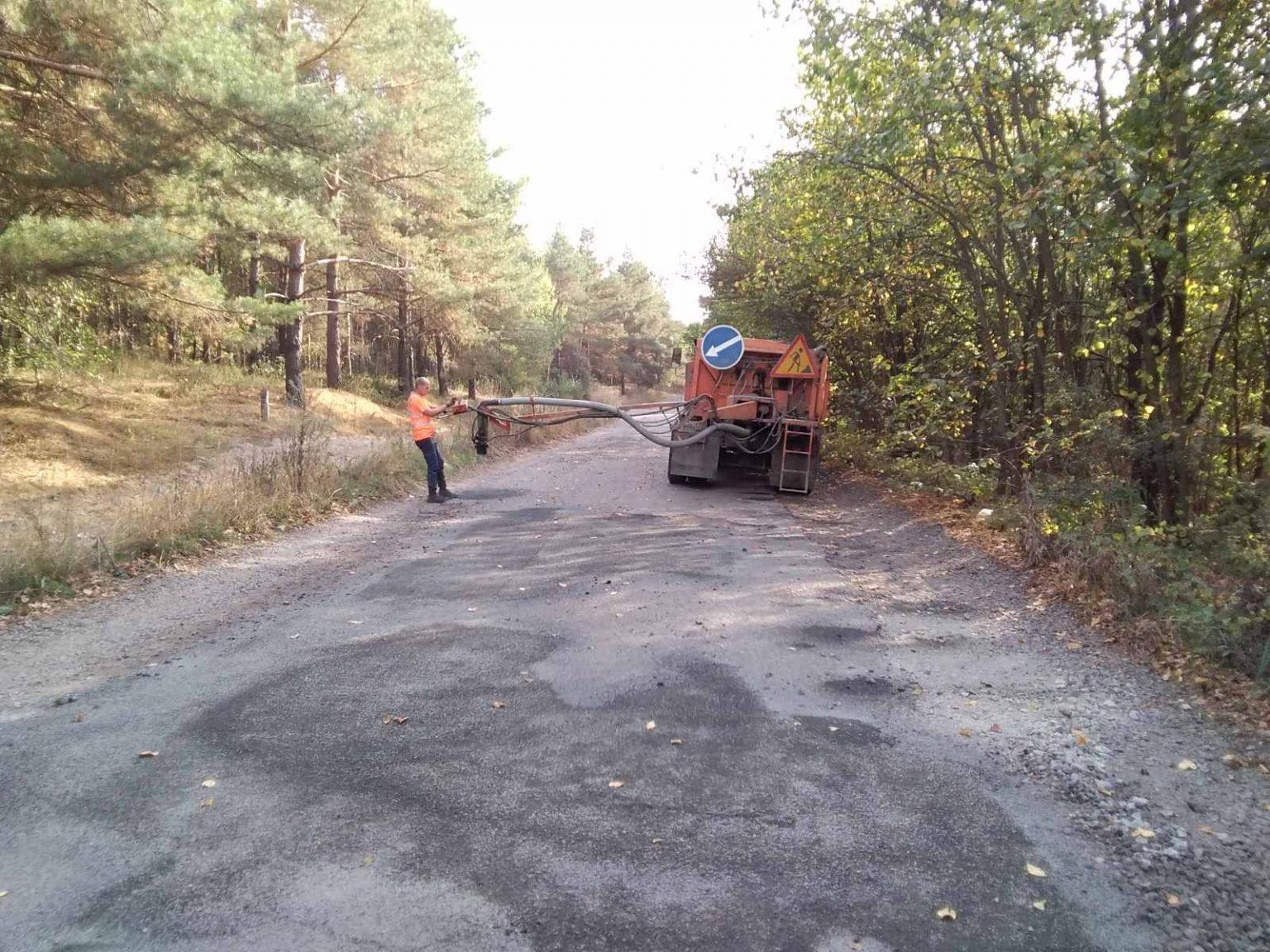 У Черкаському та Золотоніському районах продовжують ремонти доріг