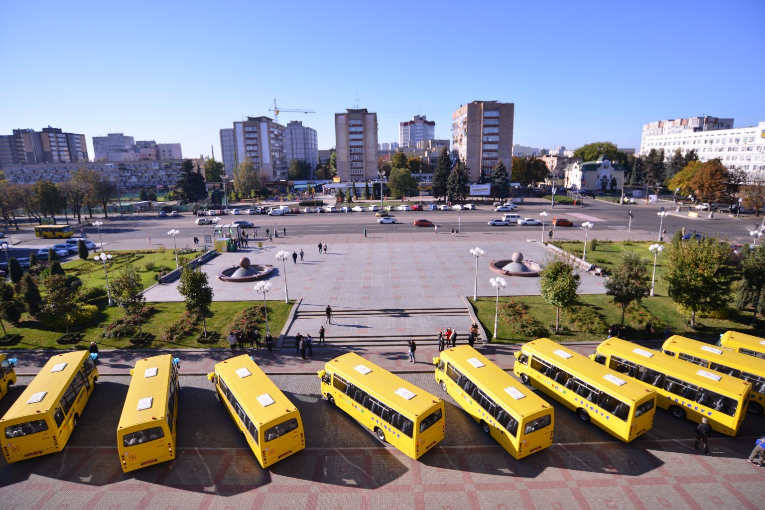 Школи Черкащини отримали десять шкільних автобусів (ФОТО)