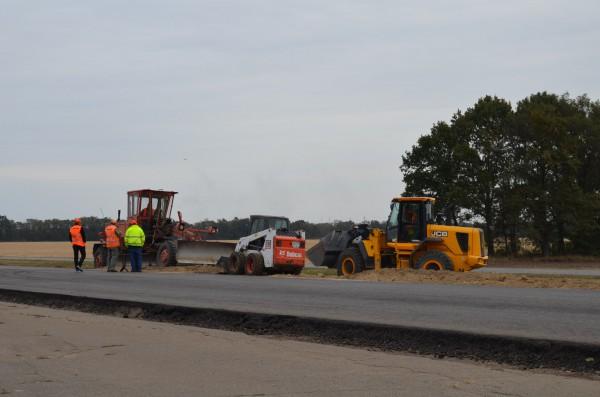 У Тальнівському районі ремонтують дорогу Н-16
