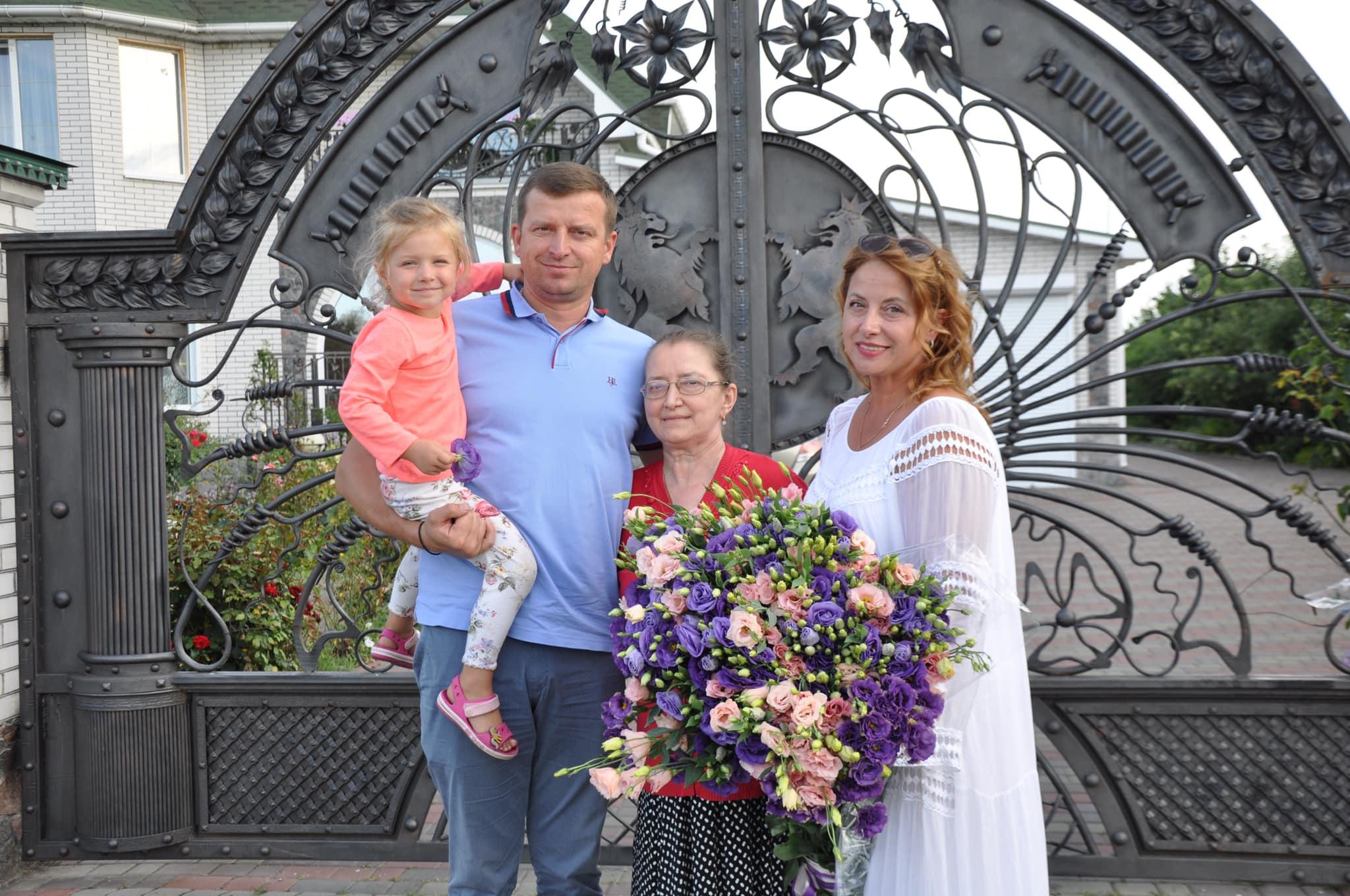 Валентина Плічко: «Будьте все життя вкупі, в одній жменьці, як віничок, зв'язані. Інакше – пропадете!»