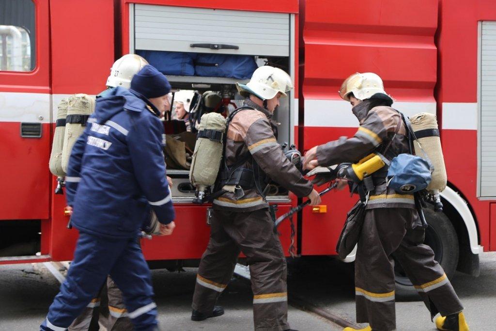 На Жашківщині рятувальники ліквідували пожежу в житловому будинку (ВІДЕО)