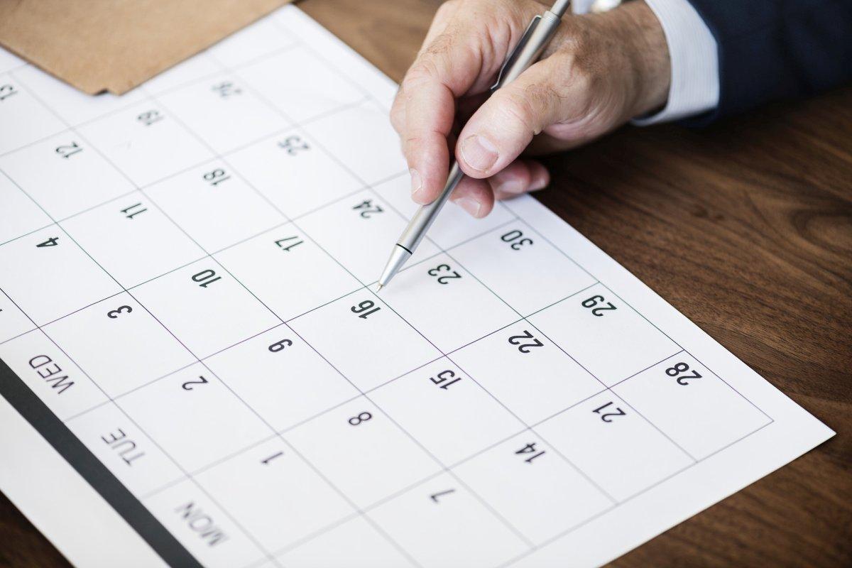 Уряд переніс робочі дні у 2021 році