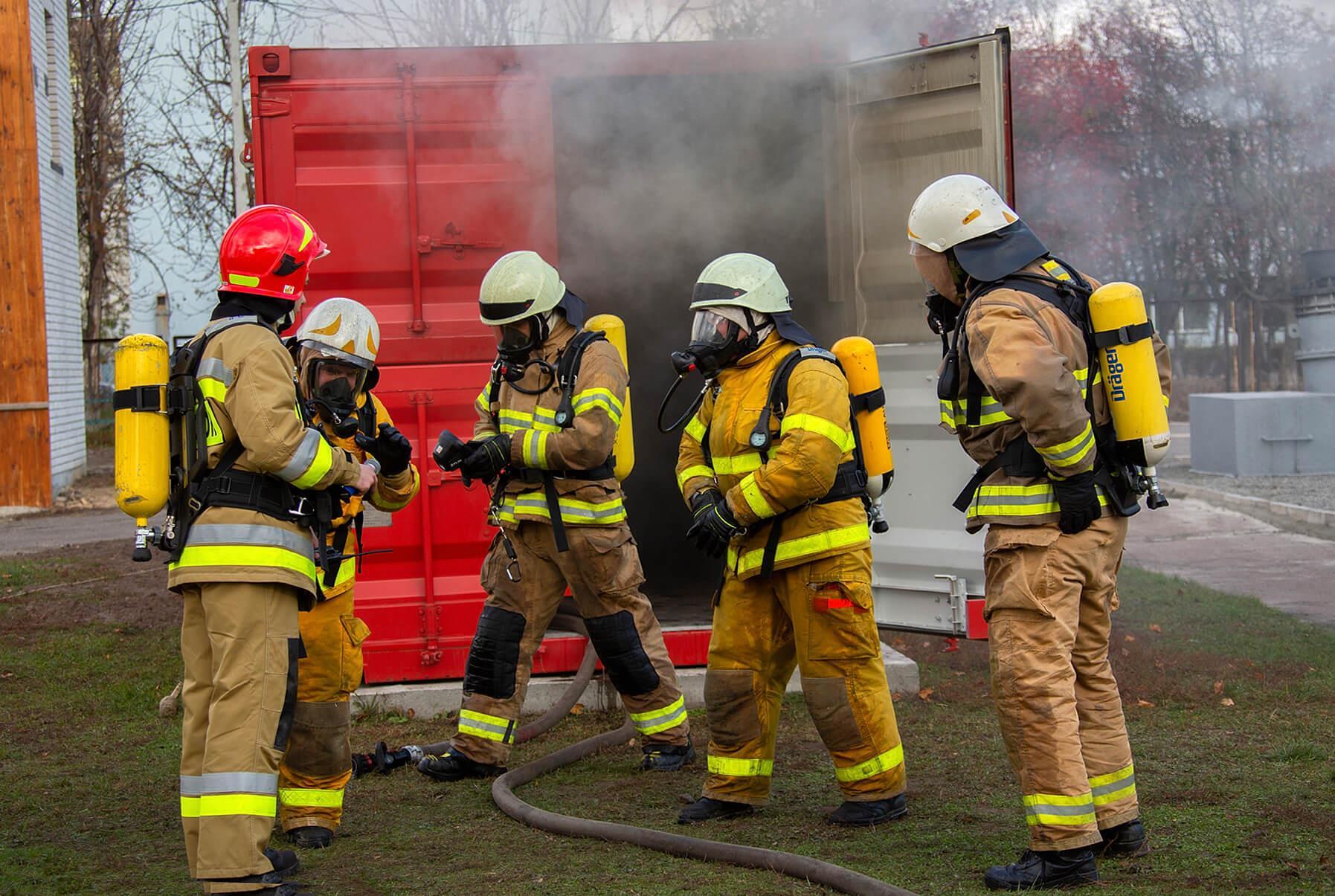 У Черкаському інституті пожежної безпеки встановили тренажер «Вогневий модуль»
