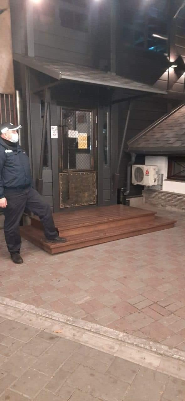 У Черкасах поліцейські перевіряли дотримання карантинних обмежень
