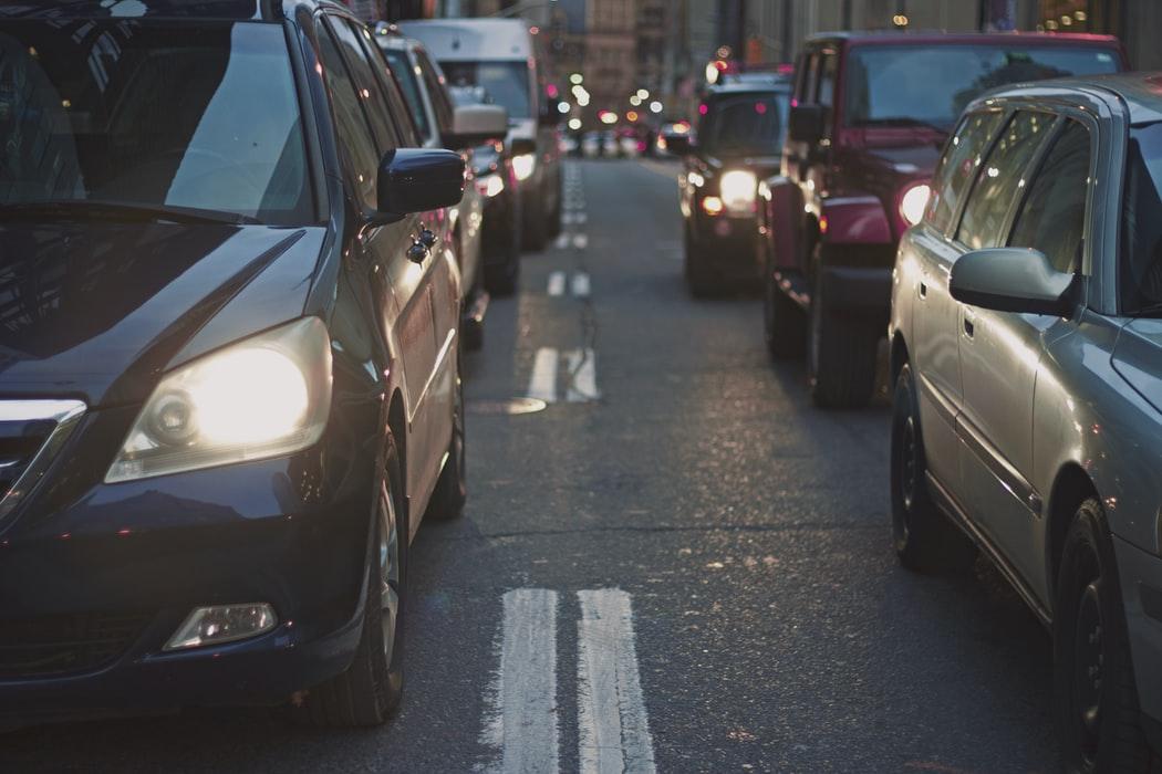 Із першого листопада набули чинності нові стандарти «уповільнення» водіїв на дорогах