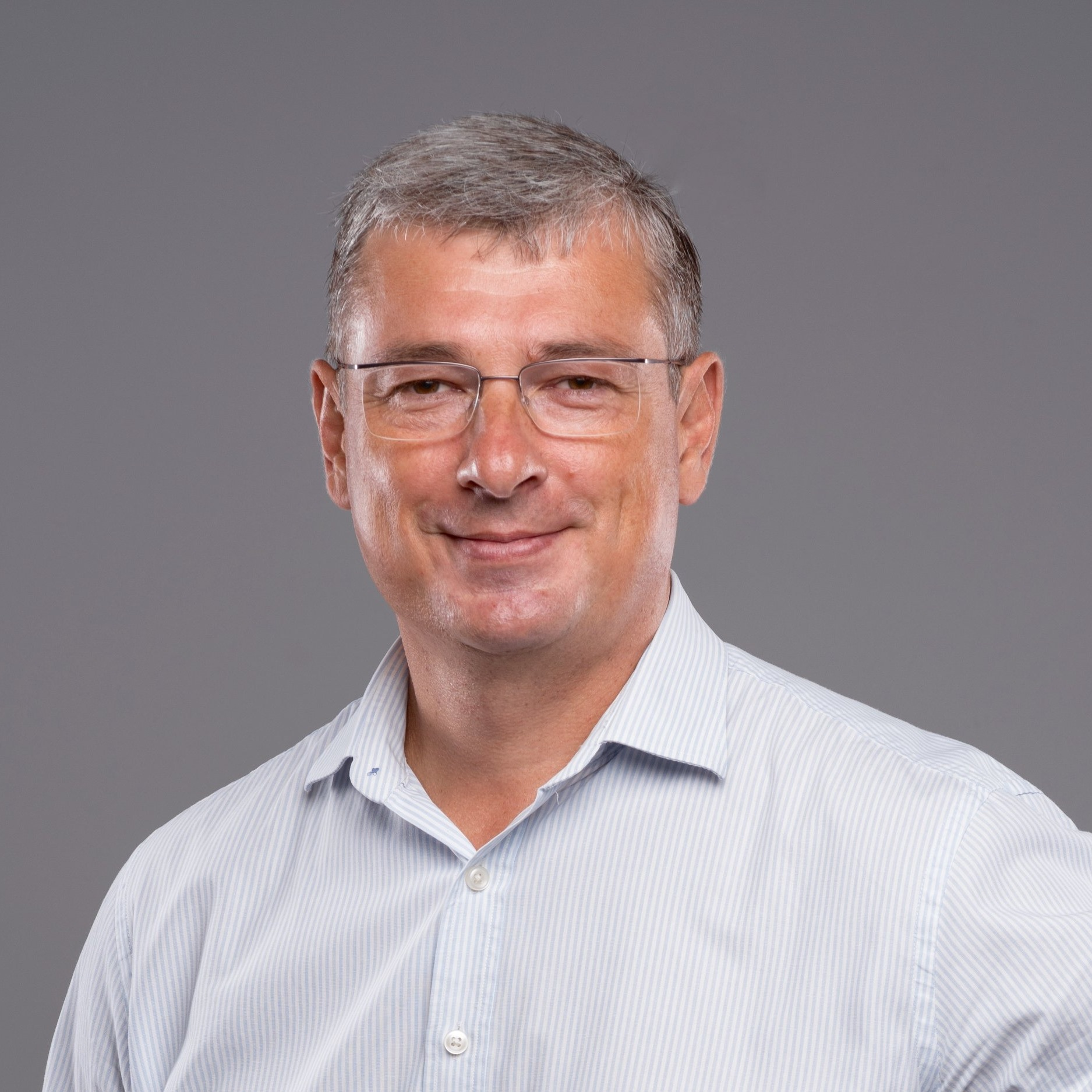 Владислав Пустовар: «Посмішка і гарний настрій рідних і друзів — найбільш вагомі презенти для мене»