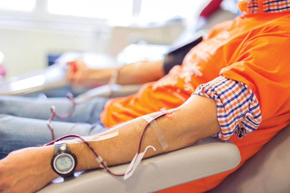 У Черкаському обласному центрі служби крові зібрали 200 літрів «ковідної» плазми