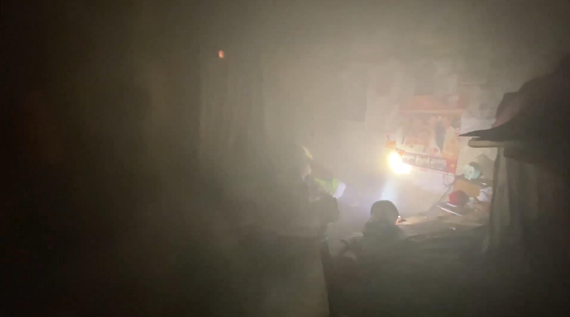 На Черкащині матір з сином врятували з пожежі
