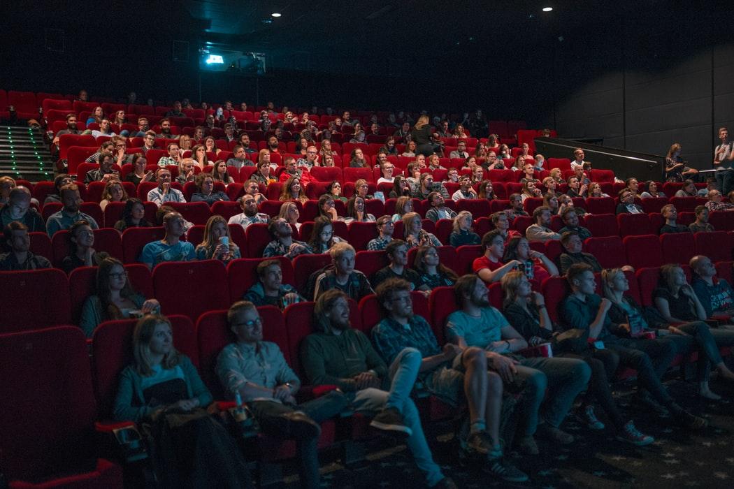 П'ять приводів похрумтіти попкорном у кінотеатрі: найочікуваніші фільми лютого