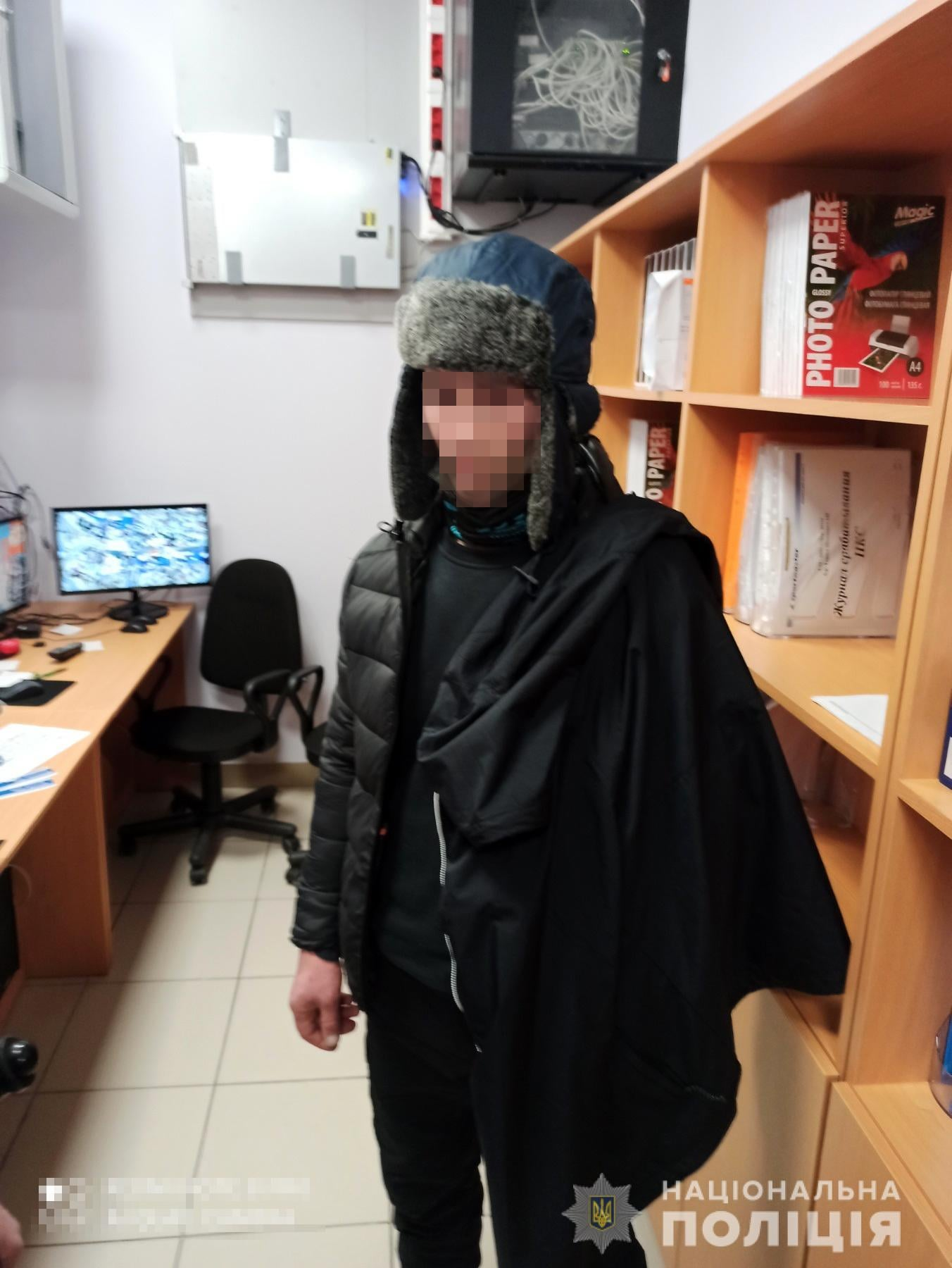 У Черкасах затримали чоловіка, який намагався вкрасти одяг
