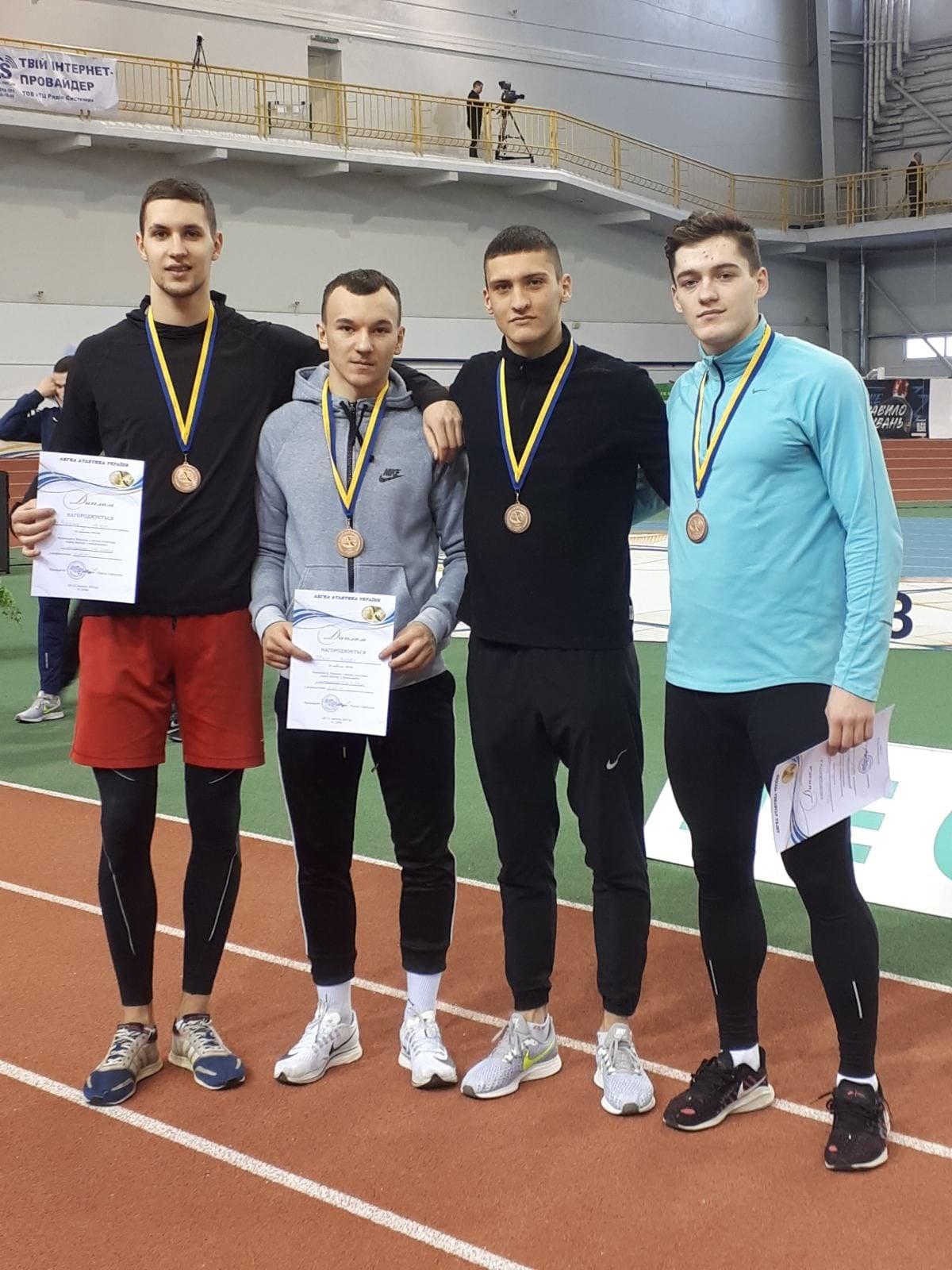 Чоловіча команда легкоатлетів виграли «бронзу» на чемпіонаті України