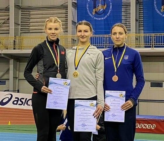 Дві черкаські спортсменки посіли призові місця на чемпіонаті України