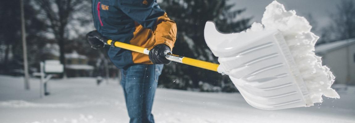 У Каневі для чищення вулиць від снігу хочуть залучати безробітних