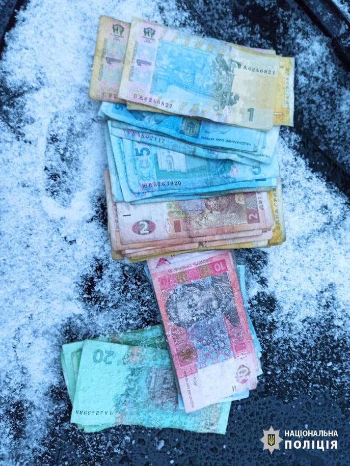 На Черкащині впіймали грабіжника, який поцупив благодійну скриньку (ФОТО)