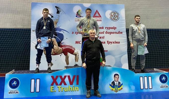 Черкаський студент став переможцем турніру з греко-римської боротьби