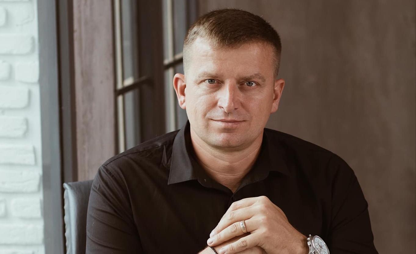 Депутату облради Григорієві Плічку підпалили авто (ФОТО)