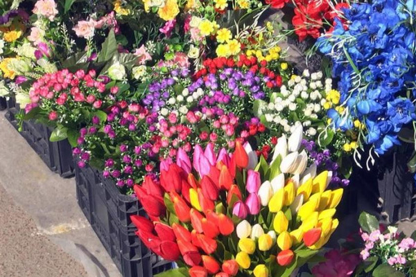 У Черкасах затвердили місце для продажу квітів до 8 Березня
