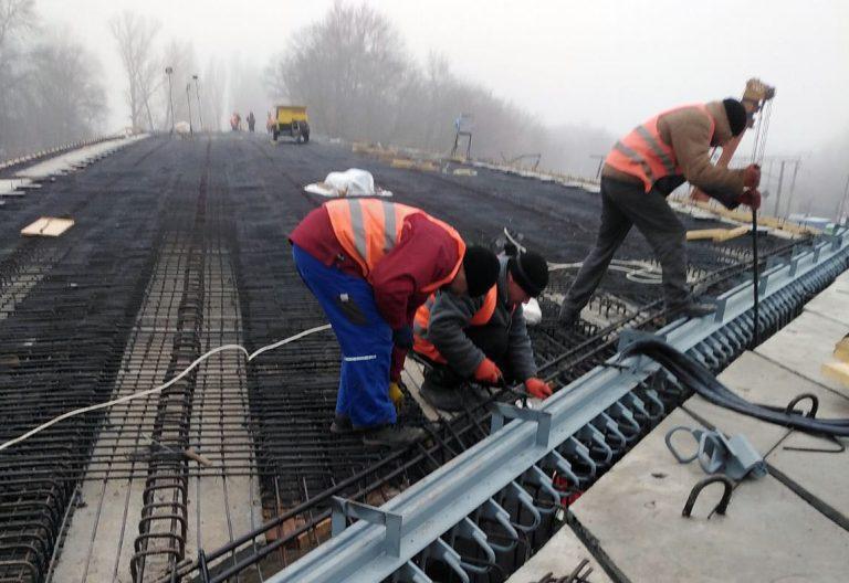 У Городищі реконструюють шляхопровід через залізницю
