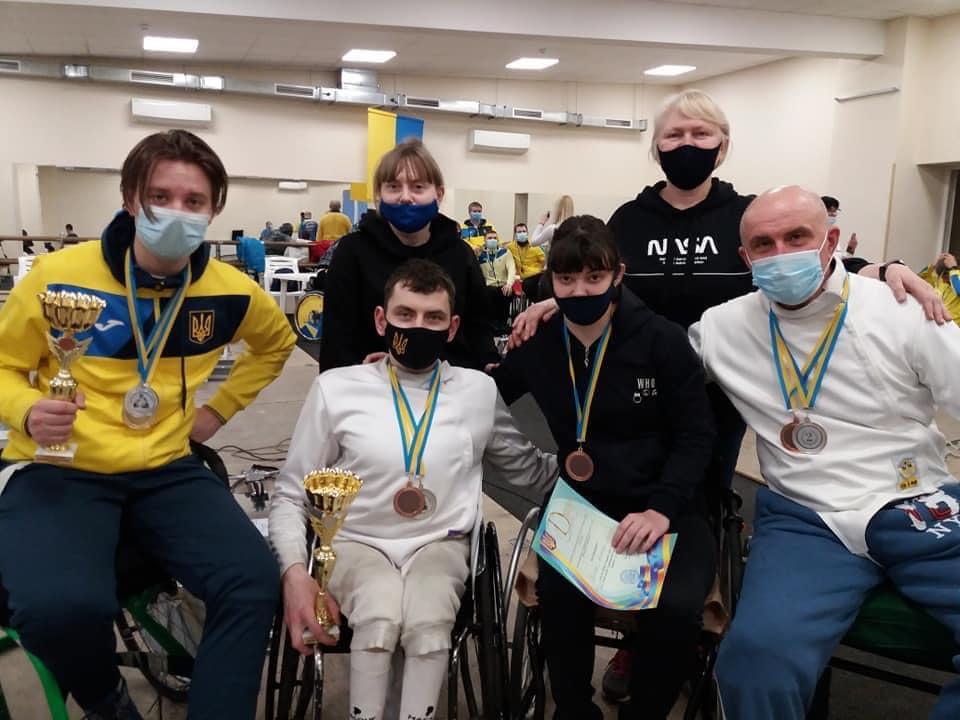 11 медалей привезли зі столиці черкаські фехтувальники